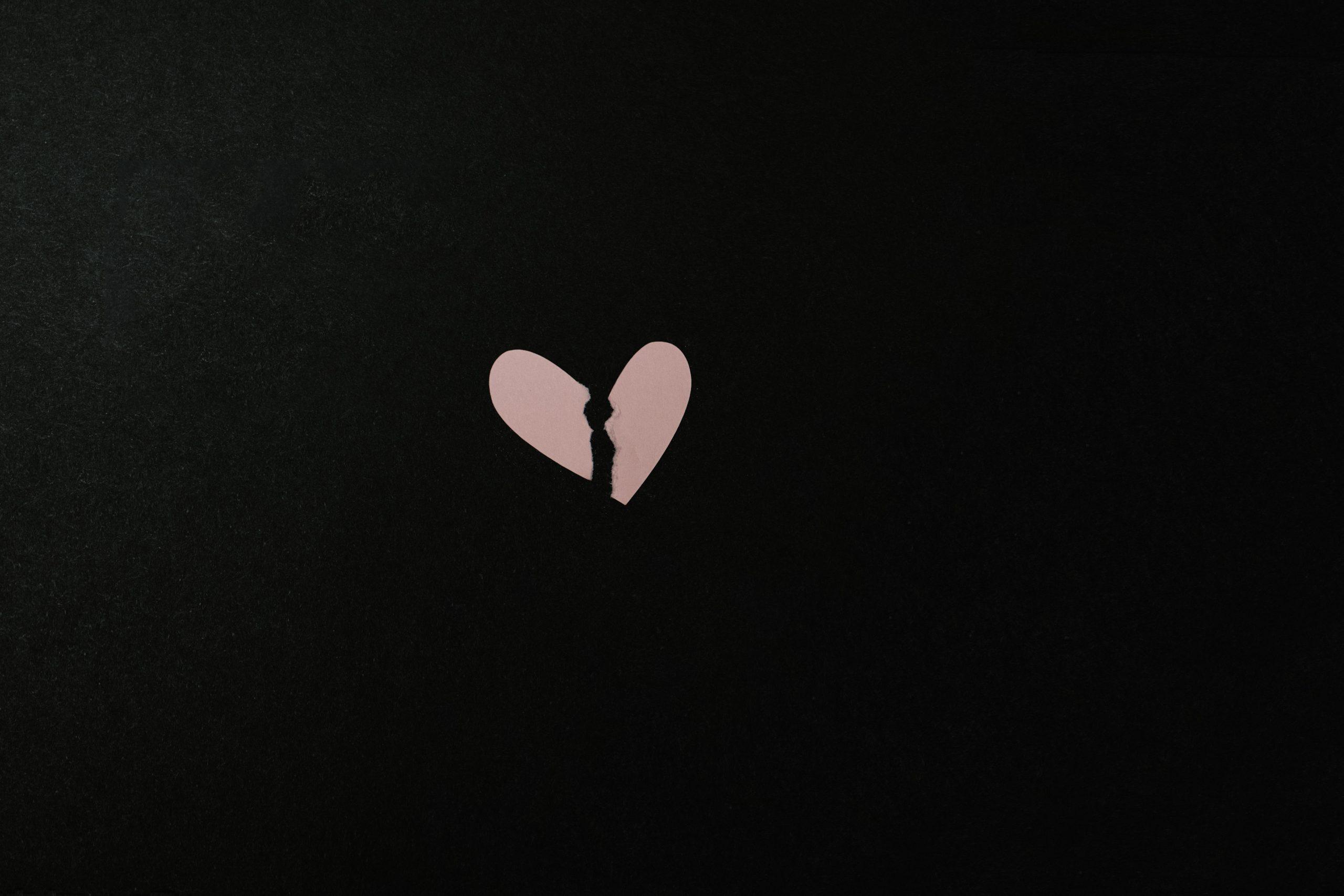 kelly-sikkema-dzgrvb-4lrk-unsplash